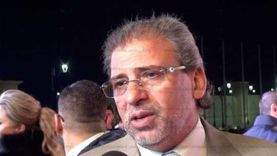 خالد يوسف يعلن عودته إلى القاهرة لحضور جنازة شقيقه غدا