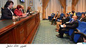 «طيران البرلمان» توافق على اتفاقية لدعم المرأة في قطاع السياحة