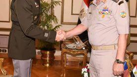 وزير الدفاعيلتقي قائد الحرس الوطني الأمريكي خلال زيارته الرسمية لمصر