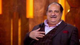 خالد الصاوي: استأذنت من مراتي عشان أبص على البنات في البحر