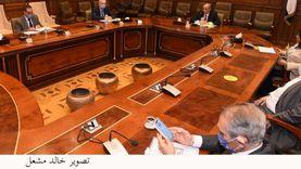 وزير قطاع الأعمال: دمج شركات الغزل والنسيج في 10 شركات بدون غلقها