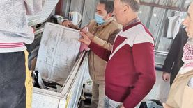 غلق 30 منشأة غذائية بدون ترخيص وإعدام أسماك فاسدة بالدقهلية