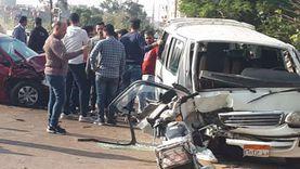 بالأسماء.. إصابة 9 أشخاص في حادث تصادم سيارتين بأسيوط