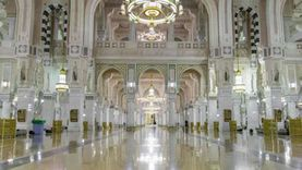 تغيير 4 آلاف قطعة رخام في المسجد الحرام