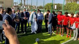 """علي جمعة ووزير الرياضة يتنافسان في تسديد ركلات الجزاء:""""سيبه يدخل جون"""""""
