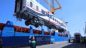 نقل 22 عربة قطار روسية جديدة من ميناء الإسكندرية للقاهرة