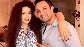 شقيق ياسمين عبدالعزيز يوجه رسالة لمهاجميها: «تلمس شعرة منها ادبحك»