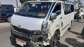 إصابة 11 شخصا في حادث انقلاب ميكروباص بالوادي الجديد