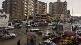 صور.. أمطار غزيرة بمطروح وفرق الطوارىء تسحب تراكمات المياه بالشوارع