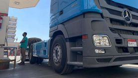 صور.. تحويل سيارة نقل ثقيل للعمل بالغاز الطبيعي لأول مرة في مصر