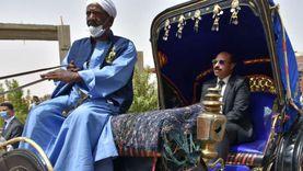 محافظة أسوان توفر زيا موحدا لسائقي عربات الحنطور على نفقتها