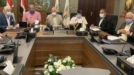 صور.. محافظ جنوب سيناء يناقش الاستعدادات النهائية لانتخابات الشيوخ