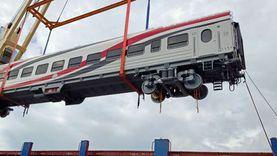وزير النقل يعلن وصول دفعة جديدة من عربات ركاب السكك الحديدية