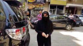 ميرفت أمين ودلال عبدالعزيز أول المشاركين في تشييع جثمان شويكار