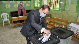 النائب العام يدلي بصوته في انتخابات مجلس الشيوخ بمدينة نصر: واجب وطني