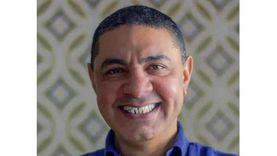 """تكريم الكاتب والمنتج السينمائي هشام سليمان في ملتقى """"أولادنا"""""""