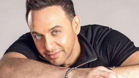 فيديو.. مصطفى قمر يتألق بأغنية لفيروز داخل مطعمه