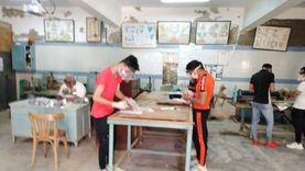 طلاب الدبلومات الفنية يؤدون الامتحان في خامس أيام الدور الأول