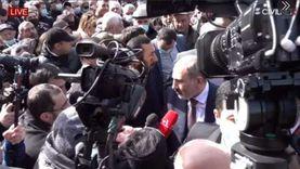 اشتباكات بين مؤيدي الجيش وأنصار رئيس الوزراء الأرميني (فيديو)