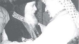 «بابا العرب» وفلسطين.. قصة مكالمة بين عرفات وشنودة أثناء حصار الاحتلال