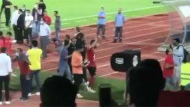 تحية أحمد فتحي لجماهير الأهلي في مباراة الوداع