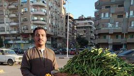 بائع الفاكهة بعد لقائه الرئيس السيسي: إنسان حقيقي بيطبطب على شعبه ..ربنا يحفظه لمصر