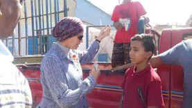 """رئيس مدينة سفاجا تصادر """"سيارة أسطوانات بوتاجاز"""" بسبب عمالة الأطفال"""