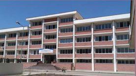وزير التعليم العالي يستعرض تطوير جامعة أسيوط بـ736 مليون جنيه (صور)