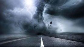 كارثة جديدة.. إعصار قوي يضرب الهند وسقوط 4 قتلى (فيديو)