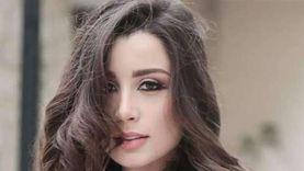 سارة التونسي: اسمي الحقيقي سهير.. ودرست صحافة وإعلام في إسبانيا