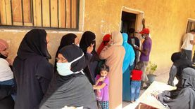 """حضور مبكر للناخبين أمام لجان أسوان للتصويت في """"النواب"""""""