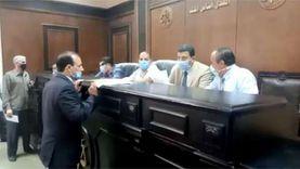 توافد راغبي الترشح لانتخابات الشيوخ على لجنة محكمة بنها