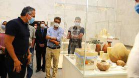 وزير السياحة يجري جولة بمتحف القومي للحضارة