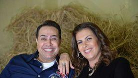 حكيم و«جيهان».. قصة حب مع قنصل عام فنزويلا توجت بالزواج قبل 25 سنة