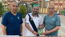 حسام حسن يروج لـ«الجنرال.. محمود الجوهري»: سيُطرح بمعرض الكتاب