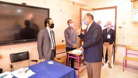 محافظ أسيوط يناشد المواطنين بالمشاركة في العملية الانتخابية من أجل مصر