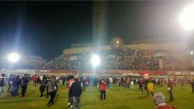 جماهير الأهلي تحتفل بالتتويج بكأس أفريقيا في ملعب التتش