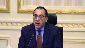 مدبولي لرئيس مجموعة «العربي»: ندعم الصناعة الوطنية ورجال الأعمال الجادين