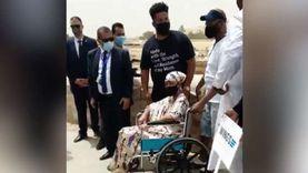 سيدة تصارع السرطان.. أمريكية تحقق أمنيتها الأخيرة بزيارة الأهرامات