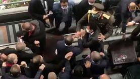 عمرو الجنايني يهنئ الخطيب بالتتويج بكأس مصر