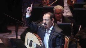 لطفي بوشناق يستعد لحفل غنائي لصالح لبنان