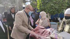 توزيع 250 بطانية بحضور محافظ بني سويف ورعاية «التضامن»
