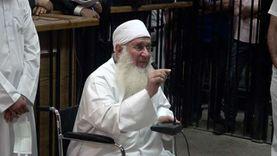لغة جسد حسين يعقوب تفضحه في شهادته أمام المحكمة: «هو الدين بيقول إيه؟»