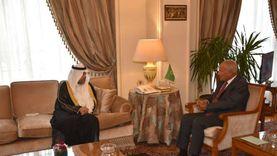 أبو الغيط يبحث مع رئيس البرلمان العربي تطورات الأوضاع الإقليمية
