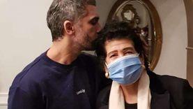 شقيقة «الجنزوري» بعد إخلاء سبيله في الـ«فيرمونت»: الحياة طعمها اختلف