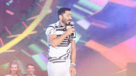 حفلة تامر حسني العلمين.. يشدو بأغاني فيلم «مش أنا»