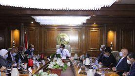 بالصور.. وزير التعليم العالي يرأس اجتماع مجلس المراكز والمعاهد والهيئات البحثية
