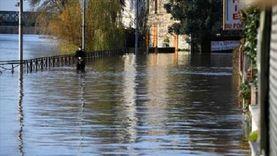 """ارتفاع حصيلة ضحايا الفيضانات المفاجئة بـ""""إيفيا"""" اليونانية إلى 7 قتلى"""