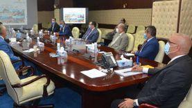 """وزير الإسكان يستعرض آليات تنفيذ تكليفات الرئيس السيسي بتطوير مدينة """"سانت كاترين"""" بجنوب سيناء"""