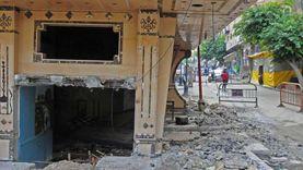 رغم الطقس السيئ.. بدء هدم عقار كرموز المائل في الإسكندرية